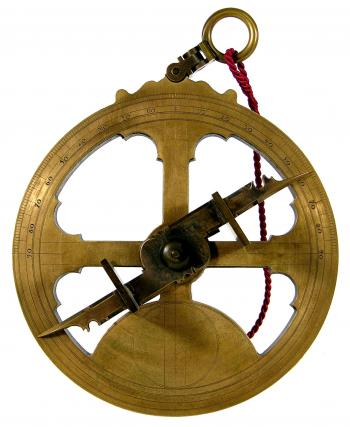 The 1580s Iberian astrolabe reproduction.