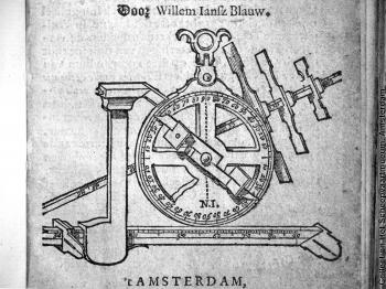 The demi-cross on Blaeu's 1625 Tafelen van de Declinatie.