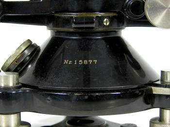 The instrument is numbered on the base with 15877.