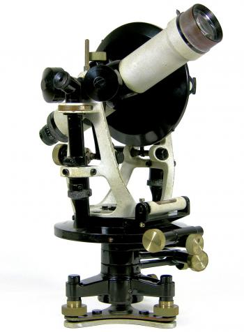 The 1921 model Carl Zeiss RTh II theodolite from 1926