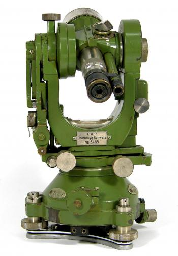 The typical telescope of the archetype Wild T2