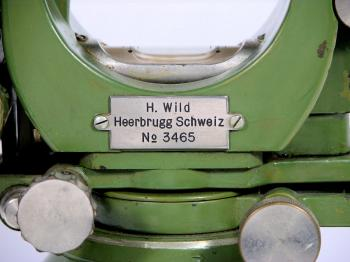The serial number 3465 indicating it was made around 1929.