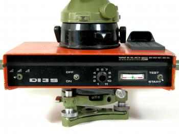 The Wild DI3S controller integrated into the Wild T2 theodolite.