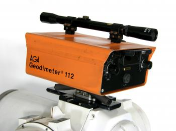 The early type AGA Geodimeter 112 as was originally bought with the Minilir.