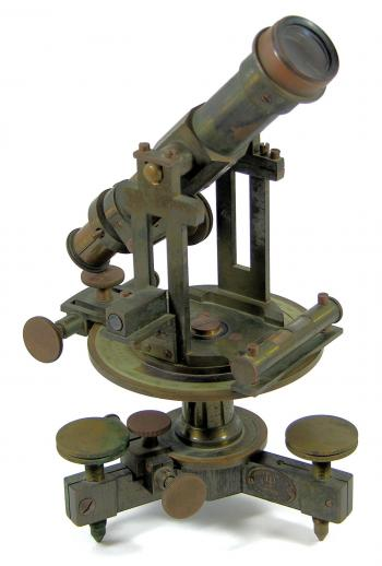 The mid 19th century Société des Lunetiers simple theodolite