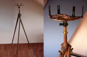 Here it is on an original tripod.